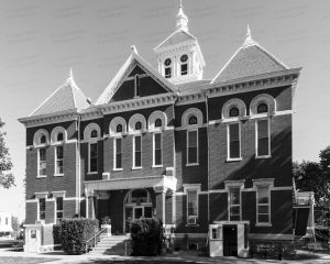 Woodson-County-Courthouse-01005W.jpg