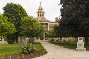 Ionia-County-Courthouse-01002W.jpg