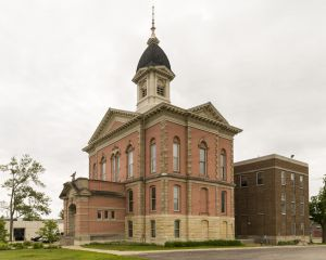 Menominee-County-Courthouse-01005W.jpg