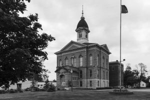 Menominee-County-Courthouse-01006W.jpg