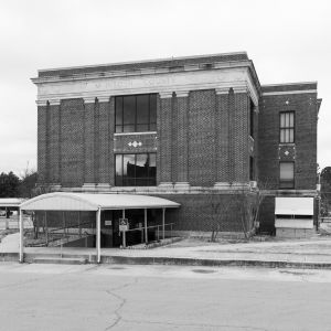 McIntosh-County-Courthouse-01008W.jpg