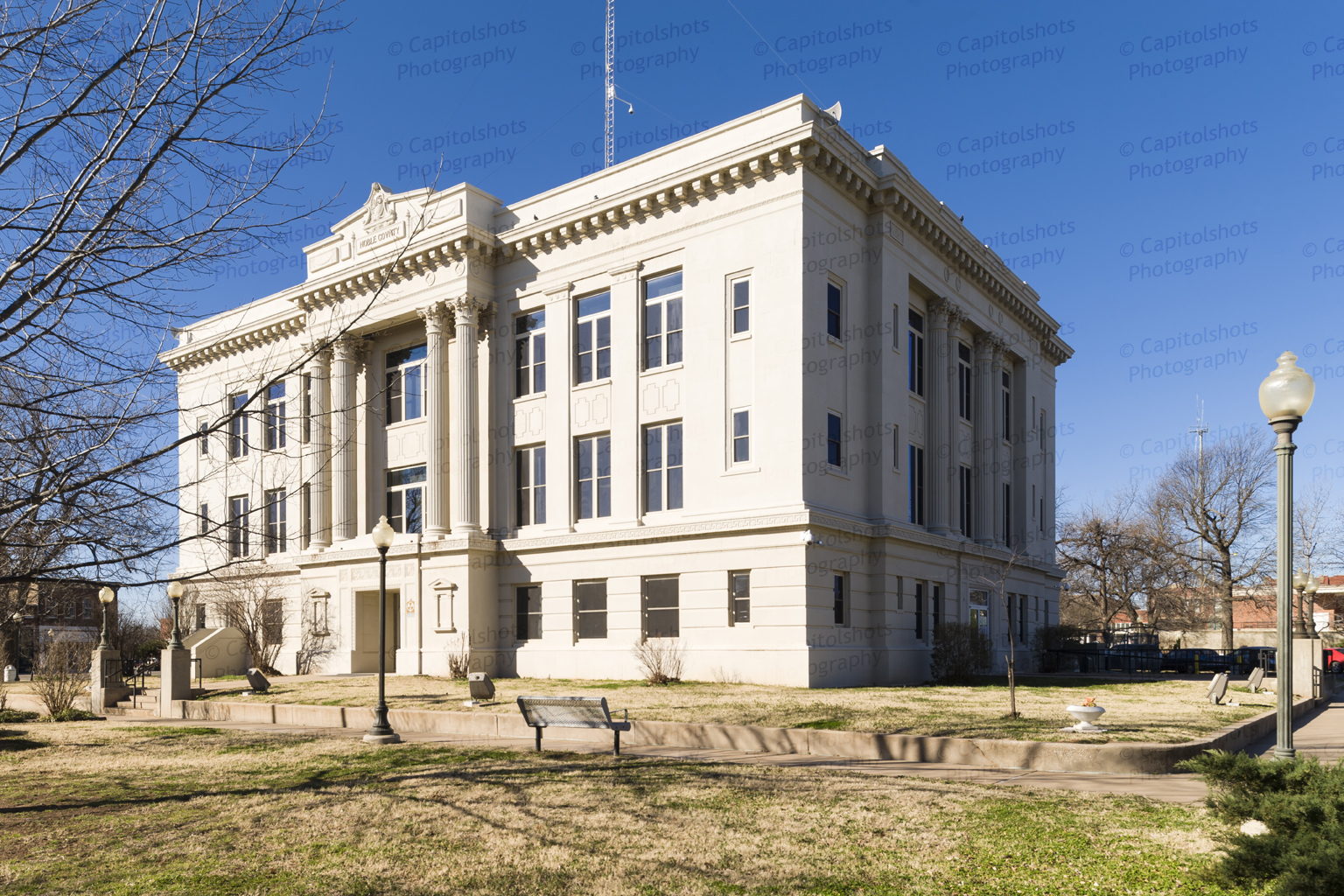 noble county The noble county courthouse is home to many of the county offices it is located on a 5 acre tract at the heart of perry, oklahoma, the county seat.
