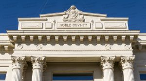 Noble-County-Courthouse-01011W.jpg