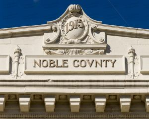 Noble-County-Courthouse-01012W.jpg