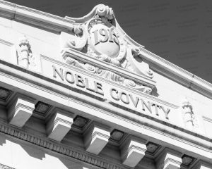 Noble-County-Courthouse-01013W.jpg