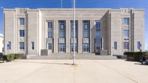 Pottawatomie-County-Courthouse-01012W.jpg