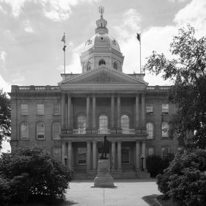 New-Hampshire-State-House-1009.jpg