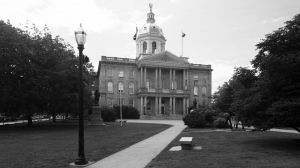New-Hampshire-State-House-1015.jpg