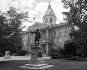 New-Hampshire-State-House-1019.jpg
