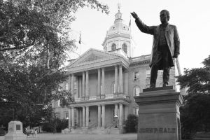 New-Hampshire-State-House-1035.jpg
