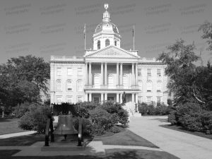 New-Hampshire-State-House-1072.jpg