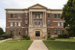 Grant-County-Courthouse-03007W.jpg
