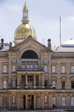 New-Jersey-State-House-1001.jpg