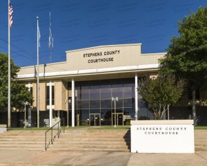 Stephens-County-Courthouse-02004W.jpg