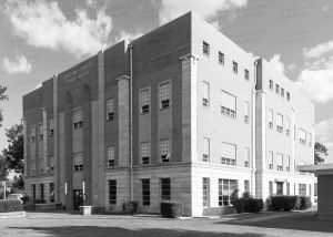 Choctaw-County-Courthouse-01002W.jpg