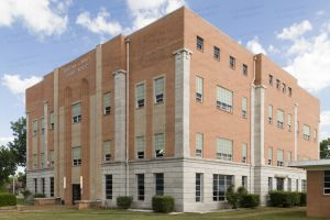 Choctaw-County-Courthouse-01004W.jpg