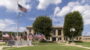 LeFlore-County-Courthouse-01004W.jpg