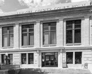 LeFlore-County-Courthouse-01007W.jpg