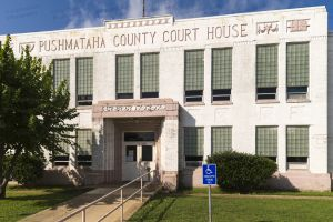 Pushmataha-County-Courthouse-01002W.jpg