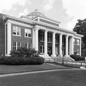 Crittenden-County-Courthouse-01002W.jpg