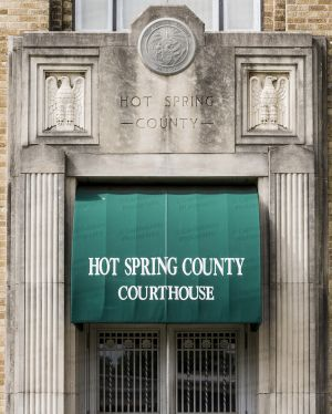 Hot-Spring-County-Courthouse-01009W.jpg