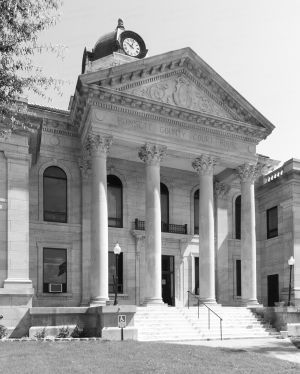 Poinsett-County-Courthouse-01007W.jpg