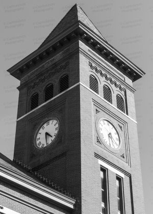 Woodruff-County-Courthouse-01007W.jpg