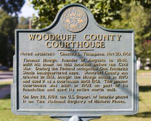 Woodruff-County-Courthouse-01013W.jpg