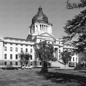 South-Dakota-State-Capitol-01008W.jpg