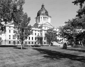 South-Dakota-State-Capitol-01010W.jpg