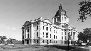 South-Dakota-State-Capitol-01012W.jpg