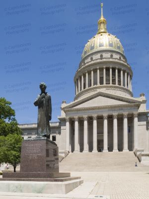 West-Virginia-State-Capitol-1003.jpg