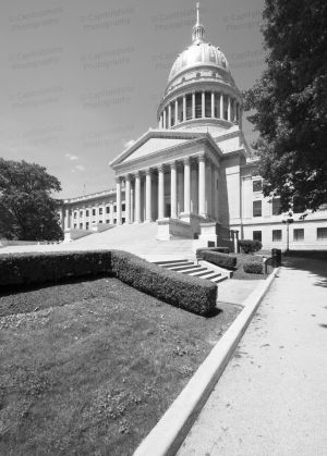 West-Virginia-State-Capitol-1016.jpg