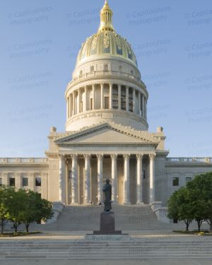 West-Virginia-State-Capitol-1071.jpg