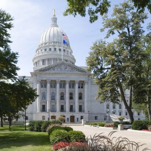 Wisconsin-State-Capitol-1011.jpg