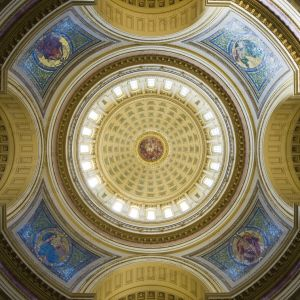 Wisconsin-State-Capitol-1032.jpg