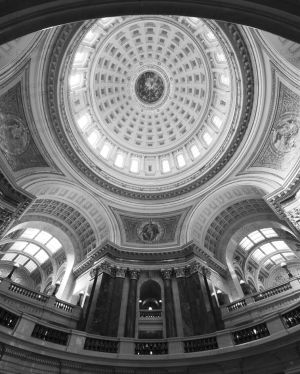 Wisconsin-State-Capitol-1033.jpg