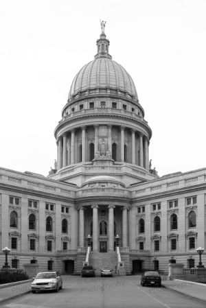 Wisconsin-State-Capitol-1053.jpg