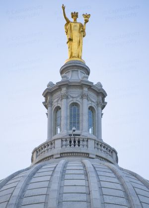 Wisconsin-State-Capitol-1064.jpg