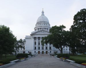 Wisconsin-State-Capitol-1074.jpg