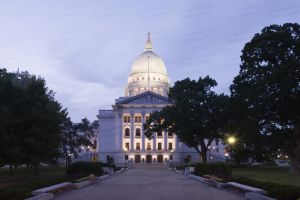Wisconsin-State-Capitol-1077.jpg