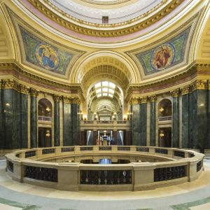 Wisconsin-State-Capitol-1095.jpg