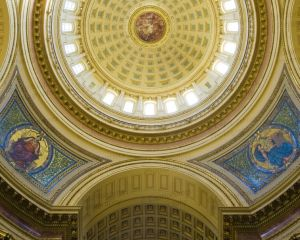 Wisconsin-State-Capitol-1108.jpg
