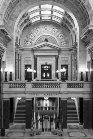 Wisconsin-State-Capitol-1114.jpg