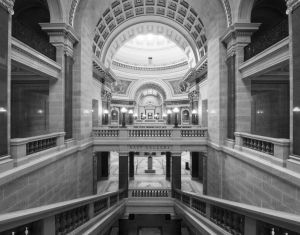 Wisconsin-State-Capitol-1118.jpg