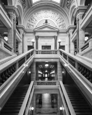Wisconsin-State-Capitol-1127.jpg