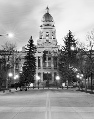 Wyoming-State-Capitol-01044W.jpg