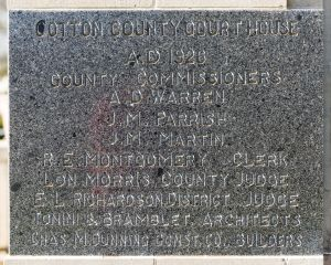 Cotton-County-Courthouse-01009W.jpg