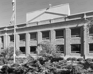 Custer-County-Courthouse-01003W.jpg
