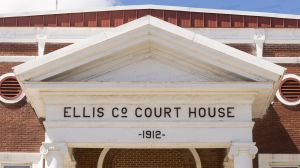 Ellis-County-Courthouse-02009W.jpg